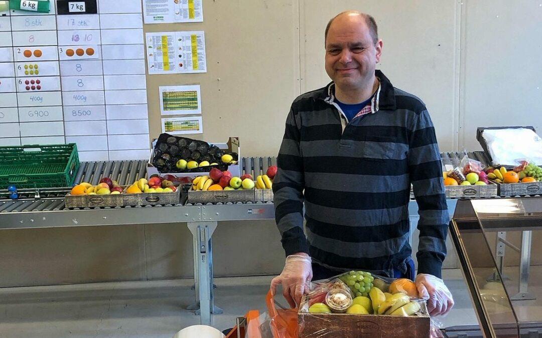 Erik hanker inn nye fruktkunder
